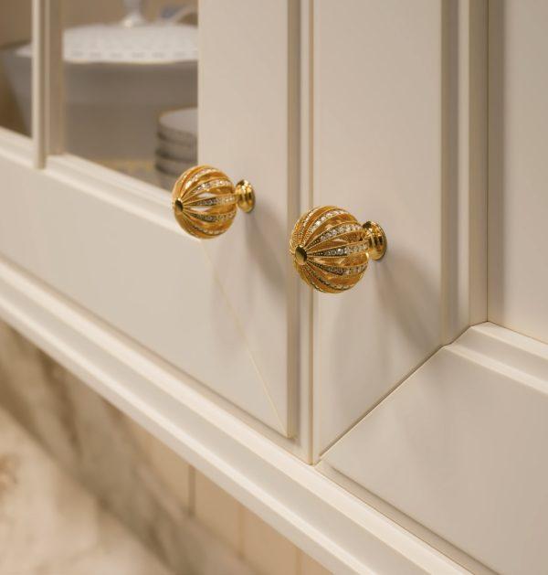 Furniture handles with crystals swarovski