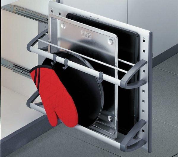 Pull-out shelf - tin holder