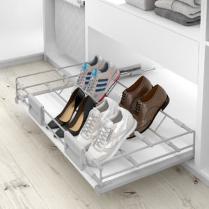 Pull-out shoe holder