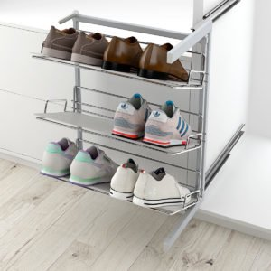 Articulated pull-out shoe rack