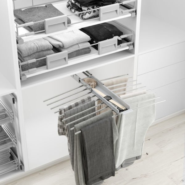Pull-out trouser holder