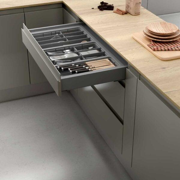 Cutlery tray drawer 4