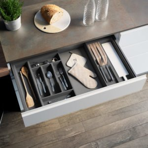 """MENAGE CONFORT"" MODULAR CUTLERY TRAY"