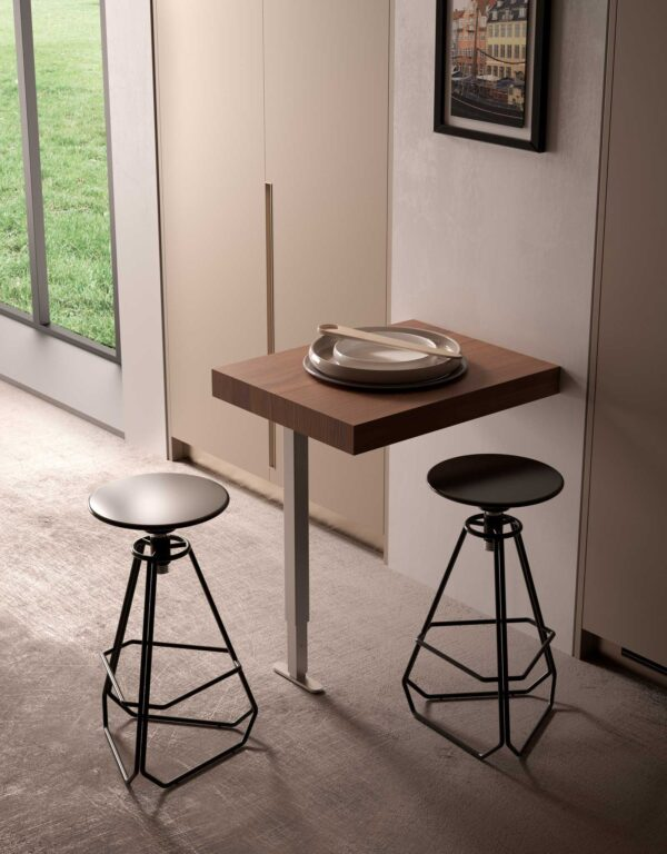 Just – Tilting table with single folding leg 3