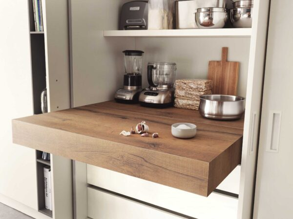 Oplà Folding – pull-out worktop flush with top